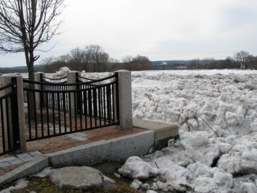 flood-level marker with ice jam (March 8, 2009)