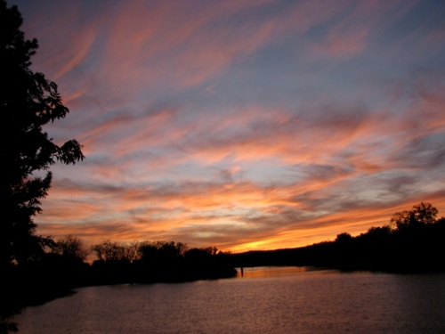 - Riverside sunset, near Wash. Ave., Oct. 17, 2008 -
