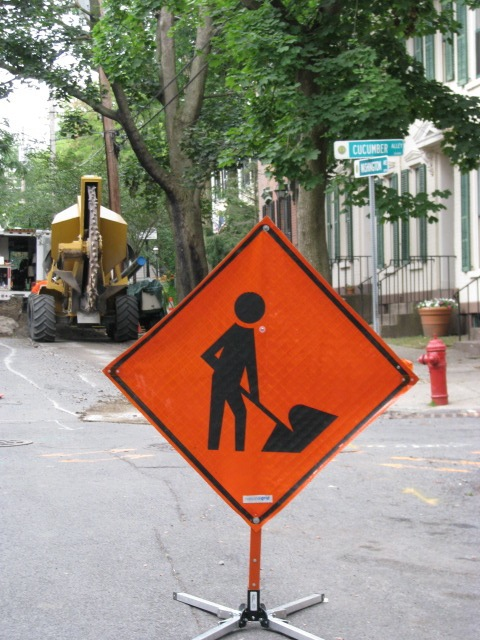 Orange Work Sign in front of 16 Washington Av - 30June2009