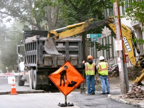 National Grid crew repairing torn up street, Cucumber Alley and Washington Ave., Schenectady, 18Sep09