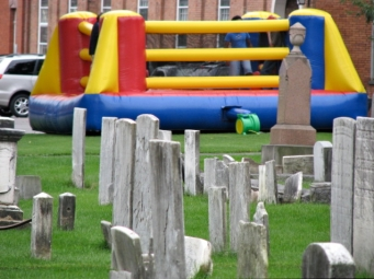 Bouncy-bounce with headstones, 1st Presbyterian Church parking lot, Schenectady Stockade - 12Sep09