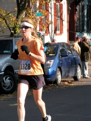 woman runner passing N. Ferry St. on Front St. - Stockade-athon 2009