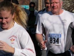 #834 passes Cucumber Alley - Stockade-athon 2009