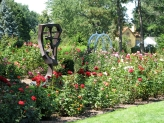 """sculpture of Chinese symbol """"Yuan"""" (garden) at Schenectady Central Park Rose Garden - 31July2010"""