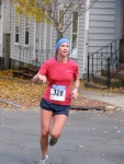 runner #328 turns the corner from Front St. to Washington Ave. heading south in the Schenectady Stockade - Stockade-athon 2010 - 07Nov2010