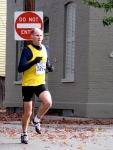 Runner #1272 enters the Lawrence Circle - Stockade-athon 2010 - 07Nov2010