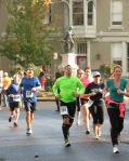 runners leaving Lawrence Circle heading west on Front St. Schenectady NY Stockade - Stockade-athon 2012 - 11Nov2012