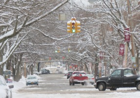 a view eastward up Union St. from N. Ferry St. -  Schenectady NY Stockade - about 9 AM 09Feb2013