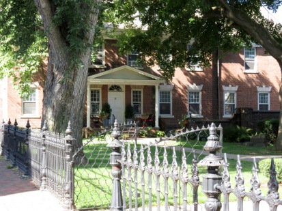 former Rectory of St. George's Episcopal Church - North Ferry St. Schenectady Stockade - Aug2014
