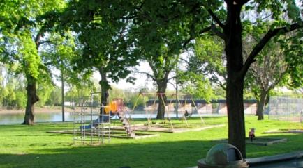 dock-northstview29apr2010east-002