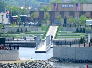 Marina-Amphitheater seen from Freeman's Bridge
